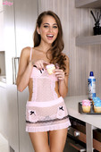 Riley-Reid-Sweet-Stuff-In-The-Kitchen-16vj249euv.jpg