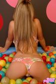 Kates-Playing-With-Balls-b6vpwd7xir.jpg