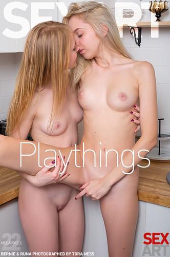 title2:SexArt Bernie & Runa Playthings - idols