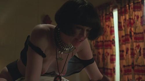 Lauren-Marie Taylor  nackt