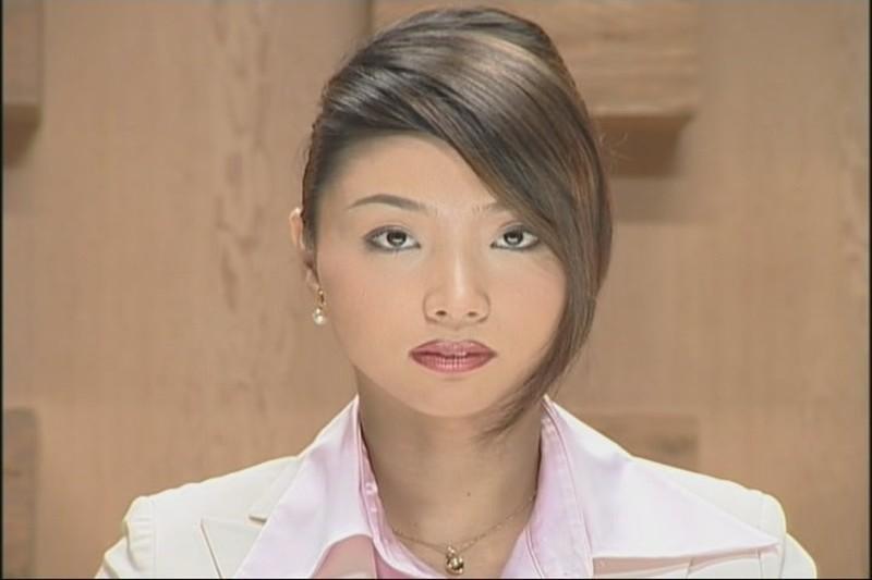 У японской телеведущей лицо в сперме — img 5
