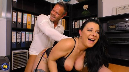 Bonny Devil - 45 (2019/HD) Mature