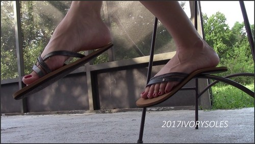 Flip Flop Dangle and Shoeplay - Princess Ivory  - iwantclips
