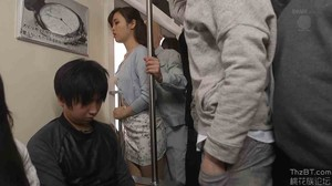 JUY-208 Married Woman Teacher Molested Train sc2