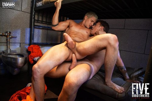 NakedSword – Five Brothers: Family Values (Jay Dymel & JJ Knight) Bareback