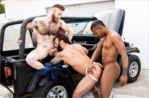RagingStallion - Haulin' Ass: Drake Masters, Jacen Zhu & Manuel Scalco