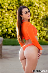 Kelsi Monroe - Waiting for Daddy 121 pics 103 Mb