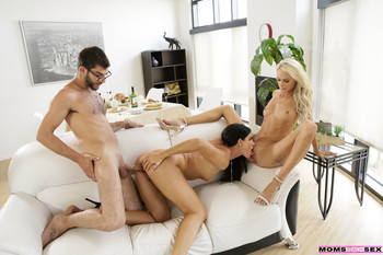 India Summer       Name: Moms Hot Pie    Size: