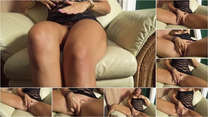 Cassy-Shee - Erste Solo Action [FullHD 1080P]