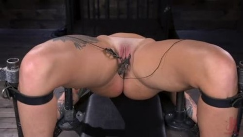 Tana Lea - Tana Lea Is A Hard Nut to Crack - Bondage and Discipline