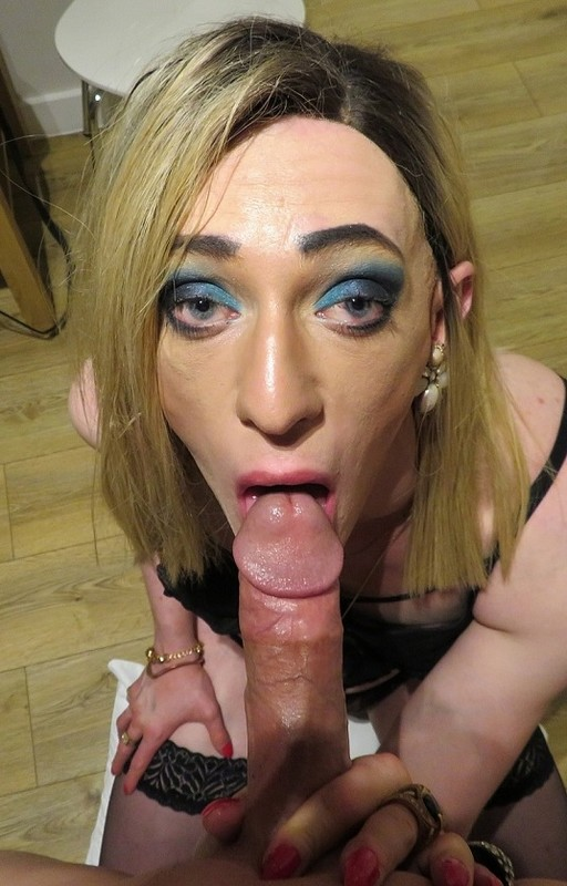 Viky Viktoria Tall Euro Crossdresser Knows You Love It (6 September 2019)
