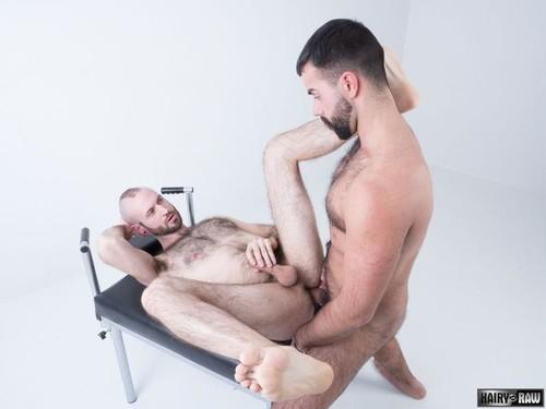 HairyAndRaw - Teddy Torres & Reid Thrasher Bareback