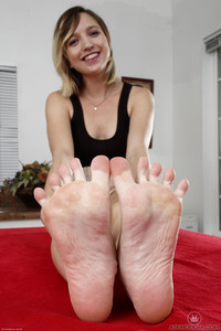 Eliza Jane Name: Foot Fetish Series     Date: