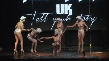 Celebrity Content - Naked On Stage - Page 20 Wkvl8j601hdm