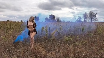 Naked Glamour Model Sensation  Nude Video - Page 4 Kig30sv3u2lu