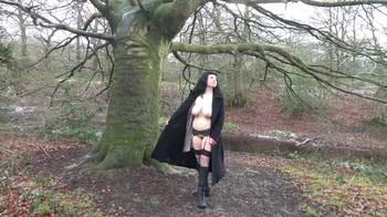 Naked Glamour Model Sensation  Nude Video - Page 4 Gt647ljupb93
