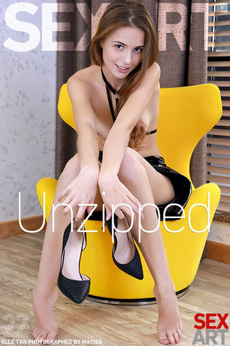SexArt Elle Tan Unzipped