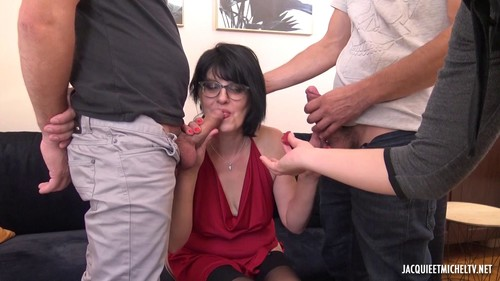 JacquieEtMichelTV 19 10 19 Sarah 50 Years Old FRENCH XXX 1080p MP4-TRASHBIN
