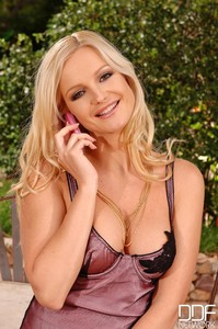 Sandra Shine - Waiting For Your Call!