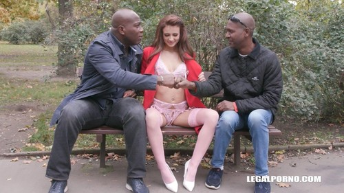 Kate Rich, Joachim Kessef, Alan Gwada - First Time To Enjoy Black Bulls For Kate Rich Iv372 (HD)