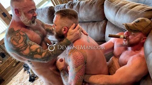 Liam Griffin, Daryl Richter & Eisen Loch Daddy's Fucking Lucky Boy [Bareback]