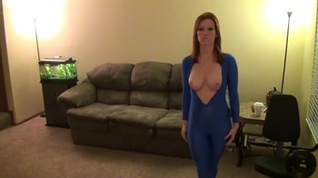 Hypno porn with a robot girl who is waiting for instructions from the owner