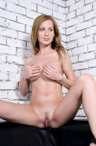 Gisele A - Bricks (x146)