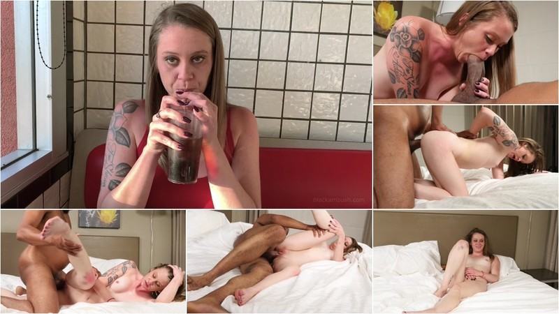 Riley - 23 year old (Creampie) [FullHD 1080P]